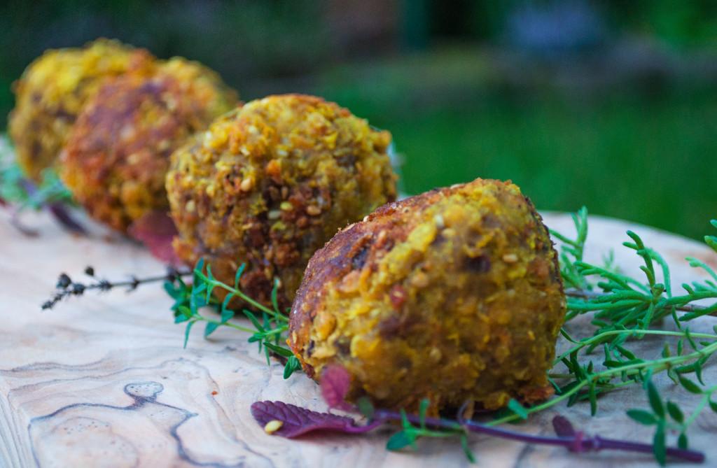 Vegane Karotten-Linsen Bällchen